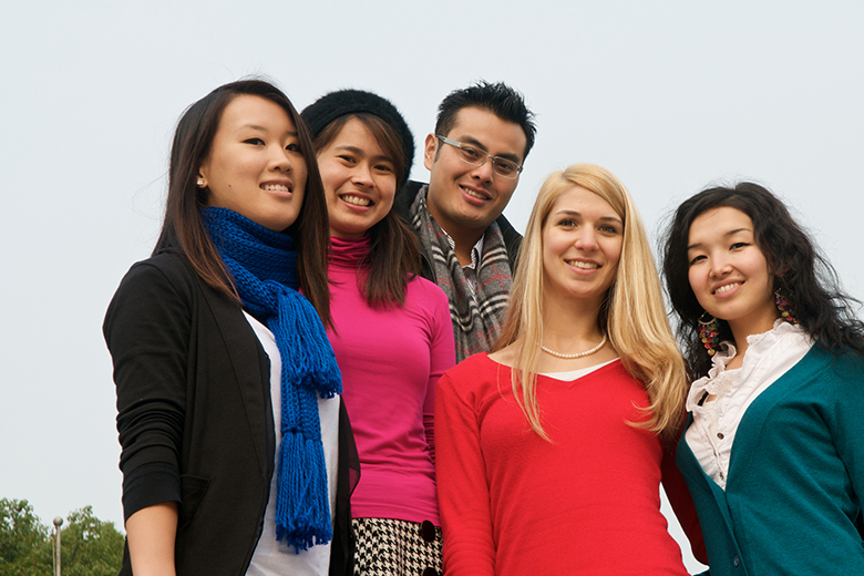 【ギモン解決!】留学生でも応募できますか?